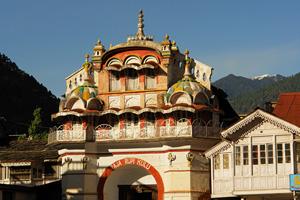 Фототур в Индию. Праздник Холи в долине Куллу, Гималаи
